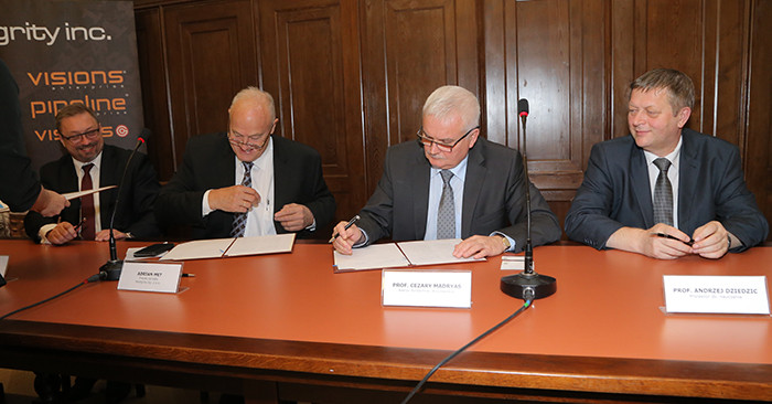 Signing the letter of intent.